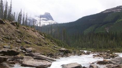 Takakkwa Falls, British Columbia, Canada